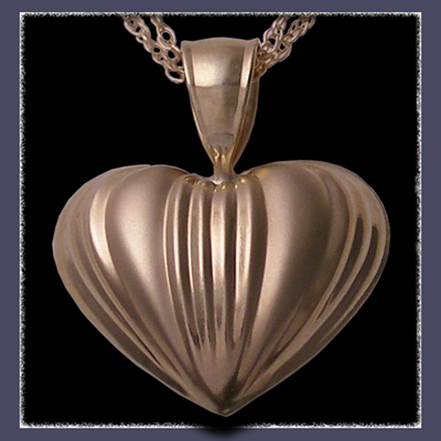 14 Karat Yellow Gold Puffed Heart Hooplet Image